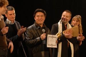 Zhuang Yuxin reçoit le prix du jury lycéen pour TEETH OF LOVE