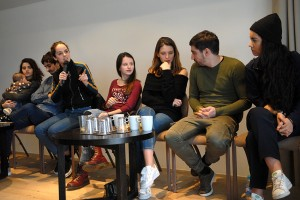 Manal Issa, Hamza Meziani, Noémie Merlant, Luna Lou, Joséphine Japy, Sébastien Houbani, Lina El Arabi