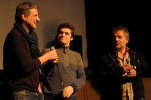 En avant-première, GRAND FROID : son réalisateur Gérard Pautonnier (à droite), son co-scénariste Joël Egloff (à gauche) et le comédien Arthur Dupont