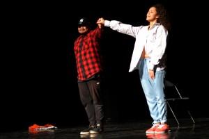 À l'occasion de cette journée Danse et Cinéma, en amont de DIVINES, présentation de l'atelier hip hop de la MJC