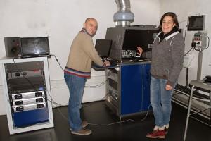 Cinéma Les Nacelles : en cabine de projection, Stéphane et Violaine