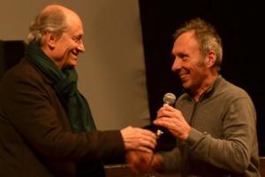 Le réalisateur Jérome Laperrousaz et le pilote Guy Bertin