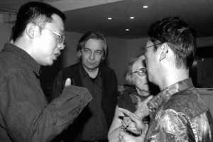 Wang Chao (L'ORPHELIN D'AN YANG) et Serge Le Peron (président du jury)