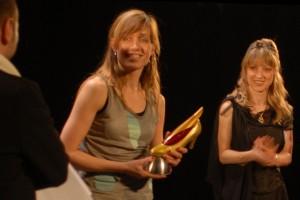 Steffi Peeters reçoit le prix de la meilleure musique pour SMALL GODS