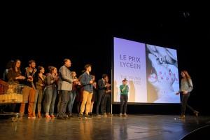 Dimanche 14 février, cérémonie de remise des prix au Théâtre : le prix lycéen est remis par Philippe Marchal de la Caisse d'Épargne Loire Drôme Ardèche à la comédienne Lisa Carlehed représentant le film de Samanou Acheche Sahlstrøm IN YOUR ARMS (Danemark)