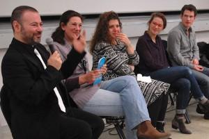 Dimanche 14 février, rencontre à la MJC, de gauche à droite : Gaël (directeur artistique du Festival), Florence (traduction), Diala Al Rai (THEEB), Lisa Carlehed (IN YOUR ARMS), Andrew Cividino (SLEEPING GIANT)