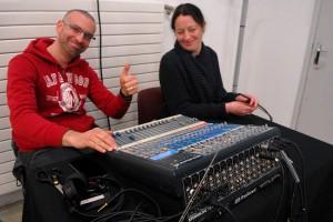 Dimanche 14 février, rencontre avec les invités de la compétition à la MJC : Brice et Sabrina à la régie & traduction